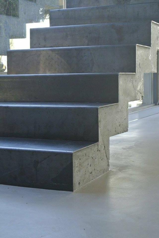 creativo-microcement-stairs